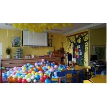 Darželio šventės papuošimas iš heliu ir oru pripustų balionų